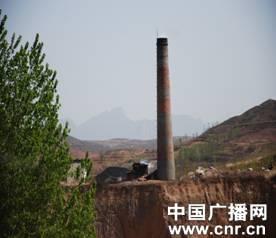 洛阳伊川诸多企业污染 污水红黑恶臭百姓投诉无门