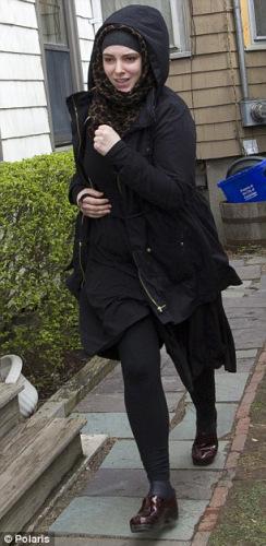 波士顿爆炸案嫌犯塔梅尔兰遗孀罗素尔