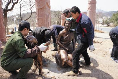 主题青铜雕塑