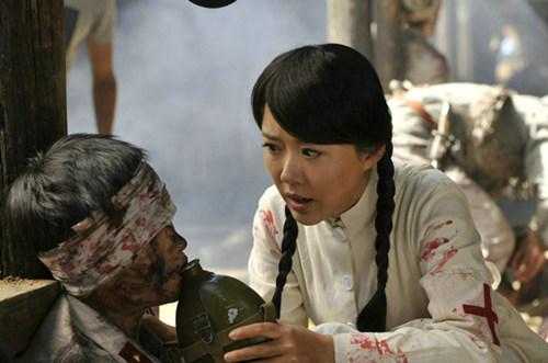 《铁血刀锋》收视喜人 颜丹晨军旅角色引轰动