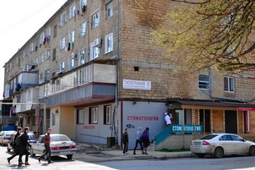 波士顿爆炸案嫌犯的父亲在达吉斯坦马哈奇卡拉的家。