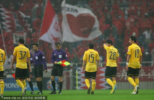 2013年4月24日,2013年亚冠联赛F组,浦和红钻VS广州恒大.穆里