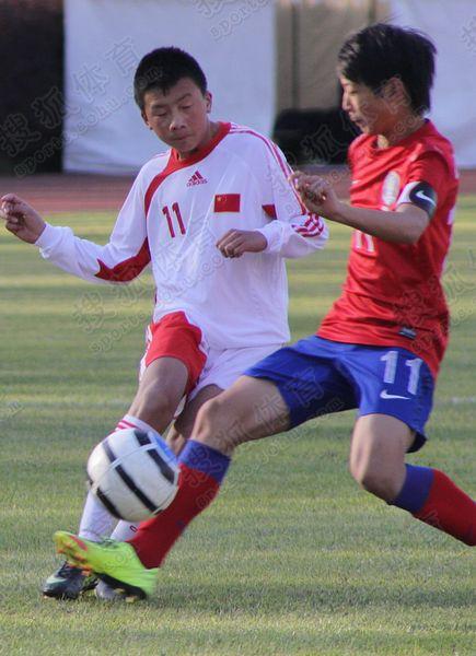 亚少赛图:中国国少0-3韩国 谢龙飞起脚传球