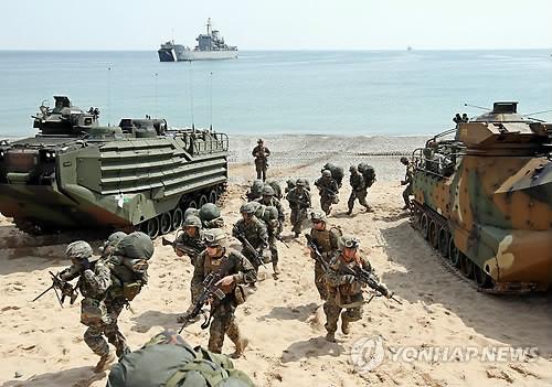 韩美海军陆战队进行联合演习 韩军履行司令职责(组图)