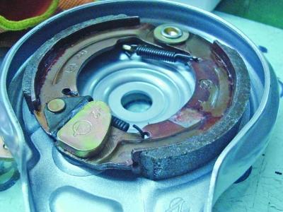 电动车刹车片