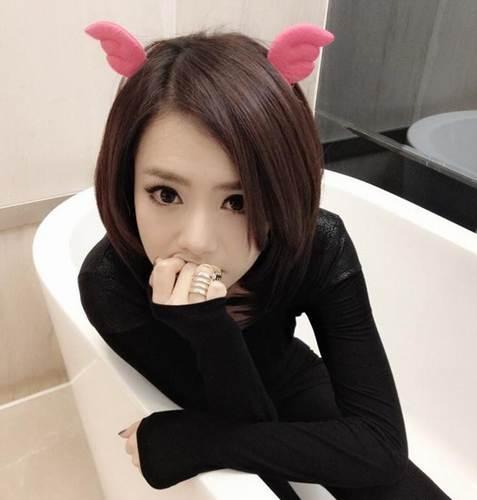 打死也不换发型的明星 戚薇鲁豫徐峥小s李宇春(组图)图片