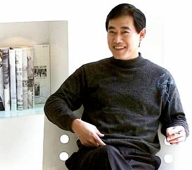 青岛杨绍鹏_富冠青岛的巴龙集团创始人姜俊平成功之路(图)-搜狐青岛