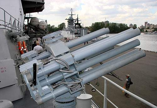 资料图:55毫米口径DP-65遥控反蛙人自动榴弹发射器。