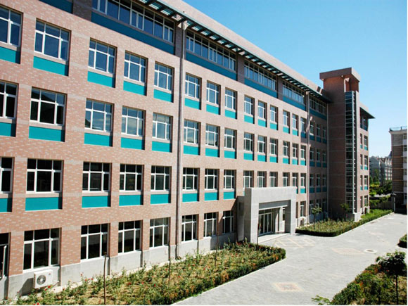 北京市朝阳区中学校:北京化工大学v中学特色高中兰州市几中学有个图片