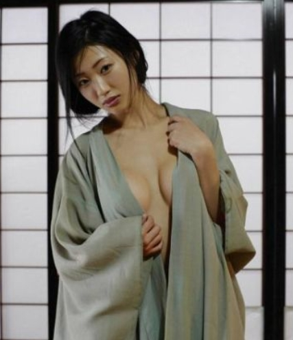 我和漂亮的老师性交小�_日本最佳性爱女星 坛蜜居首苍老师无缘百强(图)
