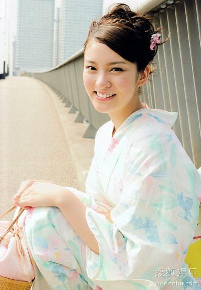 希咲彩无码第一部_武井咲问题少女原形毕露与佐佐木希片场反目