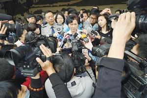 工程院院士李兰娟接受媒体参访