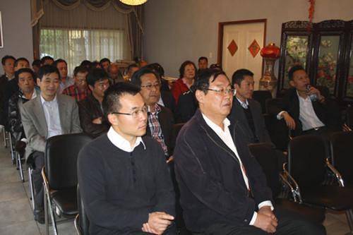 中国驻约堡总领馆举行侨界座谈会