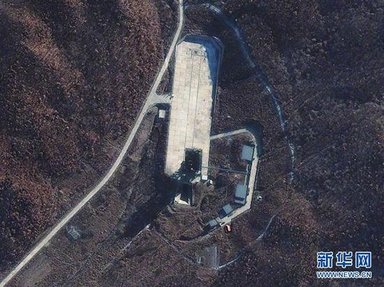 原文配图:2012年11月23日拍摄的卫星图片显示的是位于朝鲜平安北道铁山郡的西海卫星发射场。