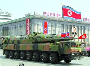 朝鲜阅兵式上展出的导弹