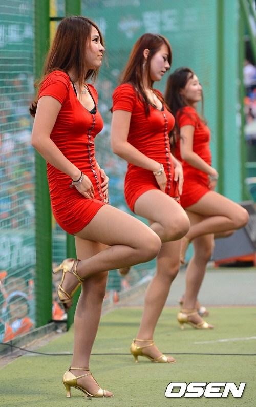 韩国职棒拉拉队的长腿女生(美女)-搜狐出国头像组图唯美动画图片