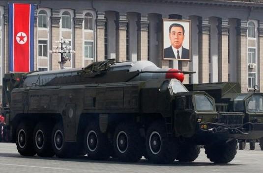 资料图:朝鲜舞水端中程弹道导弹。