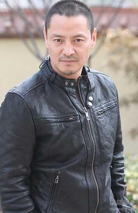 尹铸胜出演电影《狼图腾》