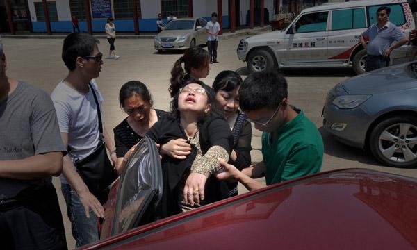 """湖南落水女孩杨丽君_""""坠井女孩""""杨丽君遗体确认家人痛哭(组图)-搜狐苏州"""