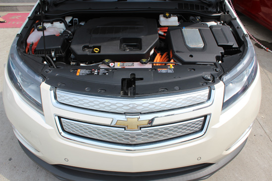 实际上它还是一台油电混合动力车型.和雷克萨斯CT200h与讴歌高清图片