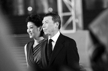 李嘉欣 冯小刚/据报道,冯小刚的前妻叫张娣,是北京某医院的一名护士。