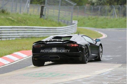兰博基尼Aventador谍照 V12引擎/轻量化