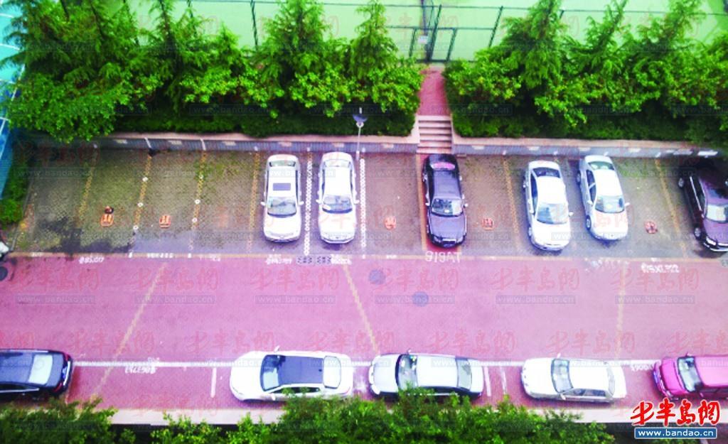 小区停车位高清设计图展示图片