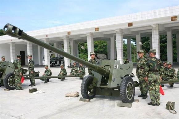 仔组�_资料图:东瑁洲海防连炮兵演习.