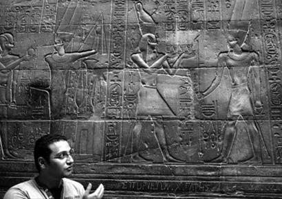 埃及卢克索神庙中文涂鸦基本清除