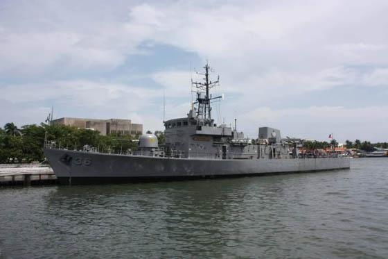 """资料图:菲律宾海军""""孔雀""""级巡逻舰。"""