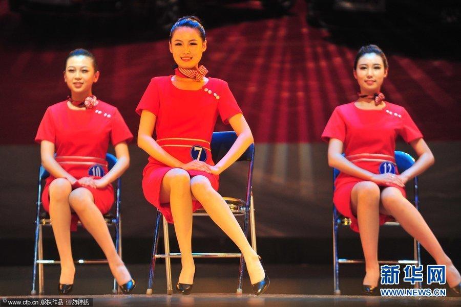 全运礼仪模特大赛举行 佳丽比基尼秀性感身材(组图)