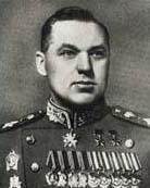 原文配图:苏联元帅罗科索夫斯基。