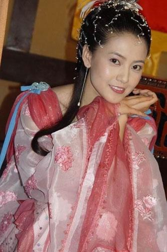 赵雅芝刘亦菲高圆圆 公认最惊艳古装美女top10(组图)