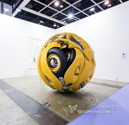 甲壳虫汽车化身球体雕塑(组图)-红旗阅兵车 车展组图 xgo汽车点评网高清图片