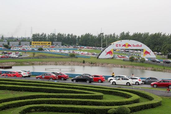 2013长安福特福克斯车主赛道大联欢落幕 高清图片