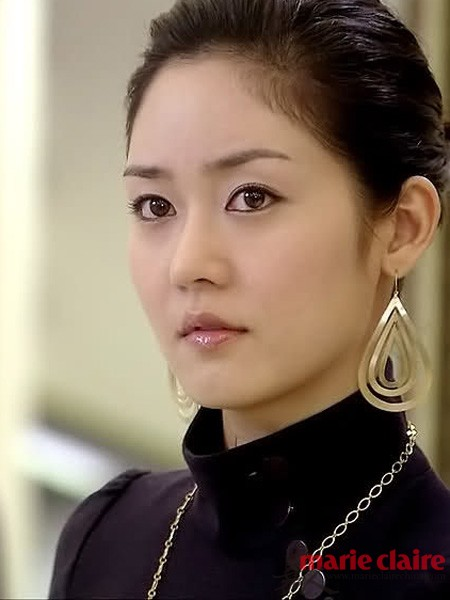 小魔女爱上皇太子_揭秘韩女星真实年龄 宋慧乔大龄美肌小秘密(组图)-搜狐滚动