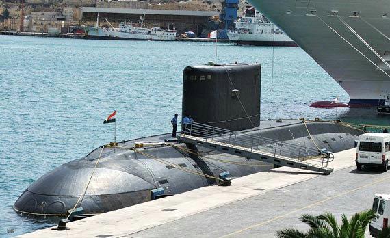 资料图:美国海军俄亥俄级巡航导弹核潜艇ssgn 726号抵达韩国釜山港