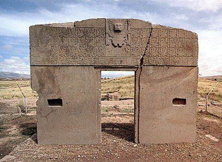 玻利维亚的蒂亚瓦纳科遗址