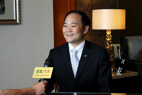 搜狐汽车成都站   请您谈谈财富全球论坛在   成都   举行高清图片