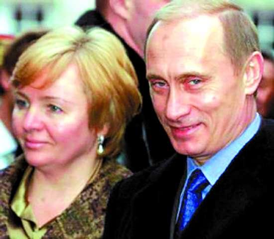 普京夫人照片_妻子女儿图片(图);; 普京离婚了吗 揭秘俄罗斯总统普京与夫人离婚原因