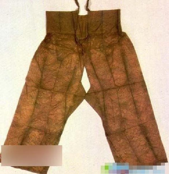 情趣女性先锋女人图为古代穿着所天下的情趣内衣.崇尚话题
