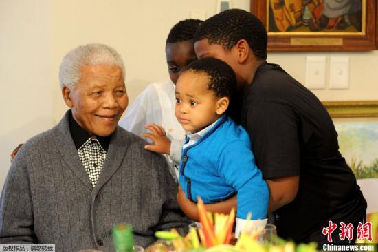 资料图:南非前总统曼德拉