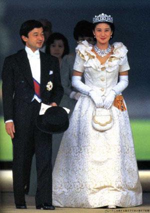 日本皇太子夫妇结婚照