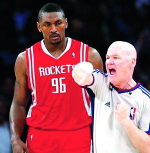 慈世奥本山平打架视频_NBA裁判潜规则大全:看与教练私交曾惹恼乔丹-搜狐体育