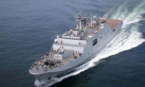 资料图:071型两栖登陆舰是中国万吨级以上大型作战舰艇的试验之作。