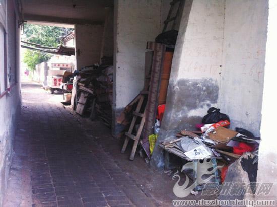 小制作 用废品做房子