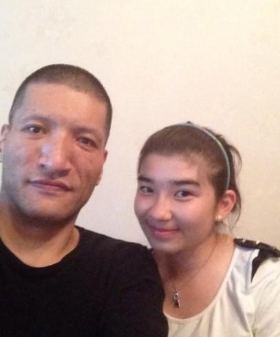 巴特尔与女儿
