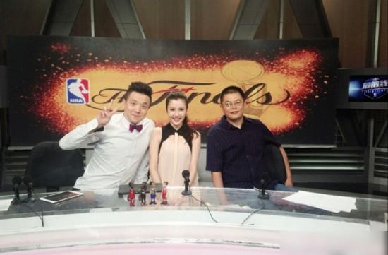 中央体育频道女主播图片大全 广东体育频道现比基尼女主播.图片