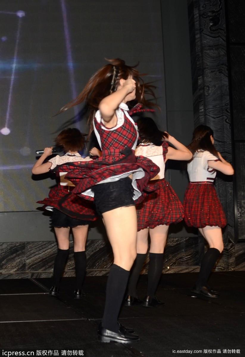 2013年6月16日,上海,第16届上海国际电影节,SNH48出席日本电影周开幕酒会。