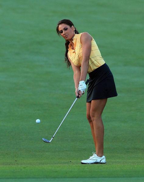 美国高尔夫频道美女主播霍莉 桑德斯